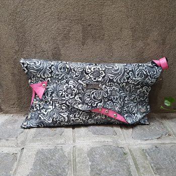 unikatna usnjena torbica pinklove evileve