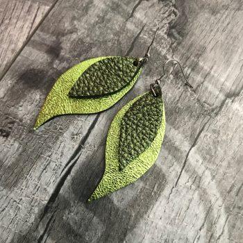 usnjeni uhani green leaves evileve