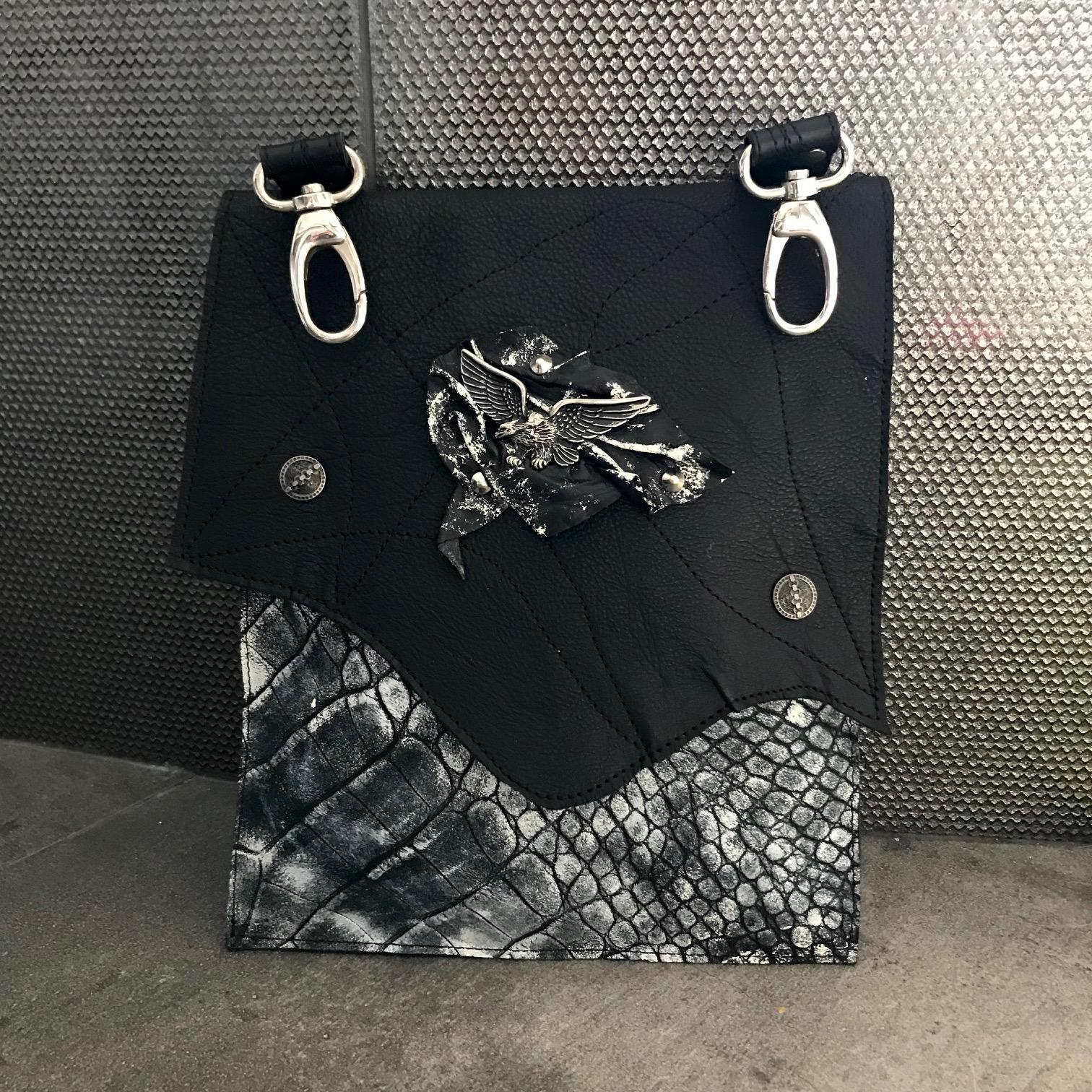 Snemljiva večnamenska priročna torbica EvilEve Hands Free Utility Bag