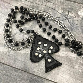 ogrlica black leather spade evileve