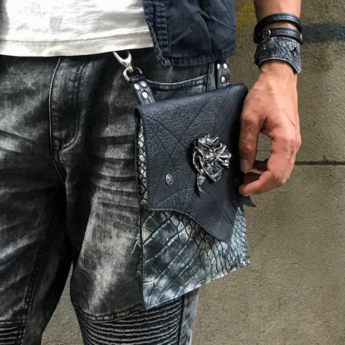 vecnamenska snemljiva torbica rockstar hand free utility bag evileve