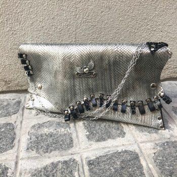 unikatna usnjena torbica silver dare evileve
