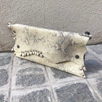 unikatna usnjena torbica clutch beige love evileve
