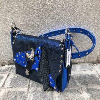 unikatna usnjena torbica messenger bag deep blue cavallino evileve