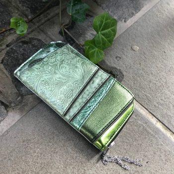 unikatna usnjena denarnica Mint Chic Maxi EvilEve