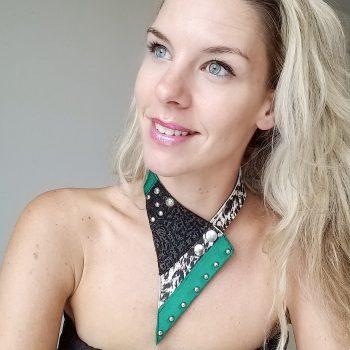 unikatna usnjena ogrlica Triagnle Green EvilEve