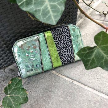 Unikatna usnjena denarnica Mint love chic maxi EvilEve