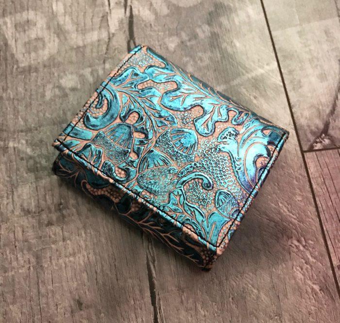 leather wallet chic mini azur evileve