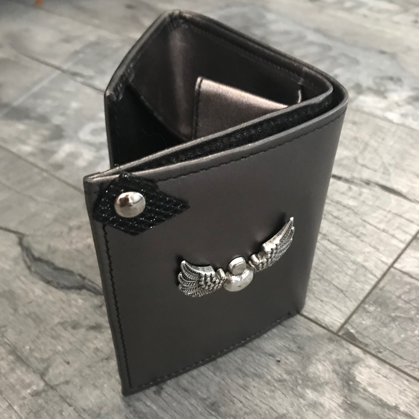 leather wallet chic mini metallic evileve