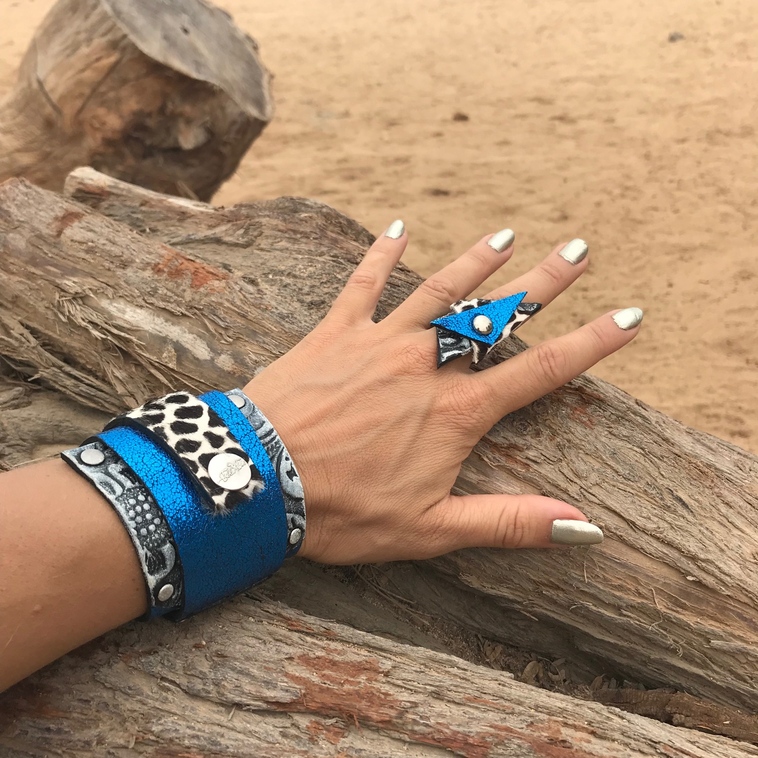 blue passion set leather wrap bracelet ring evileve