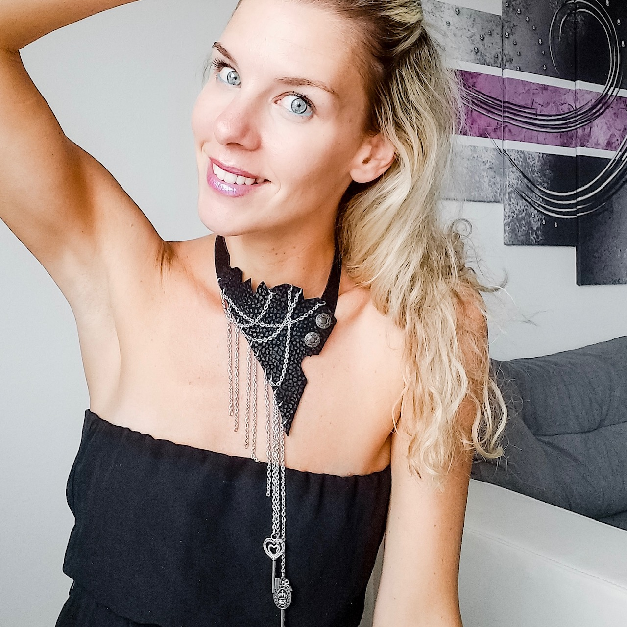 chic fashionista leather necklace evileve