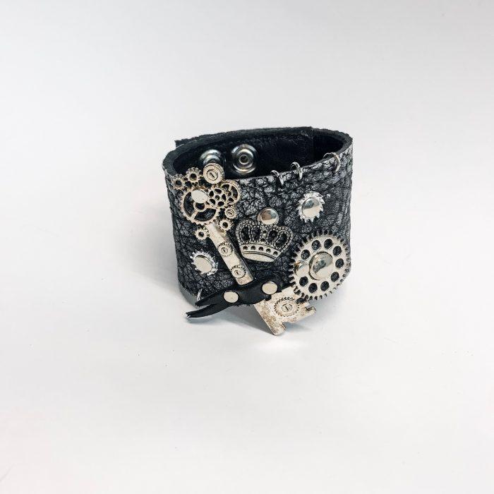 leather bracelet unisex steampunk key evileve