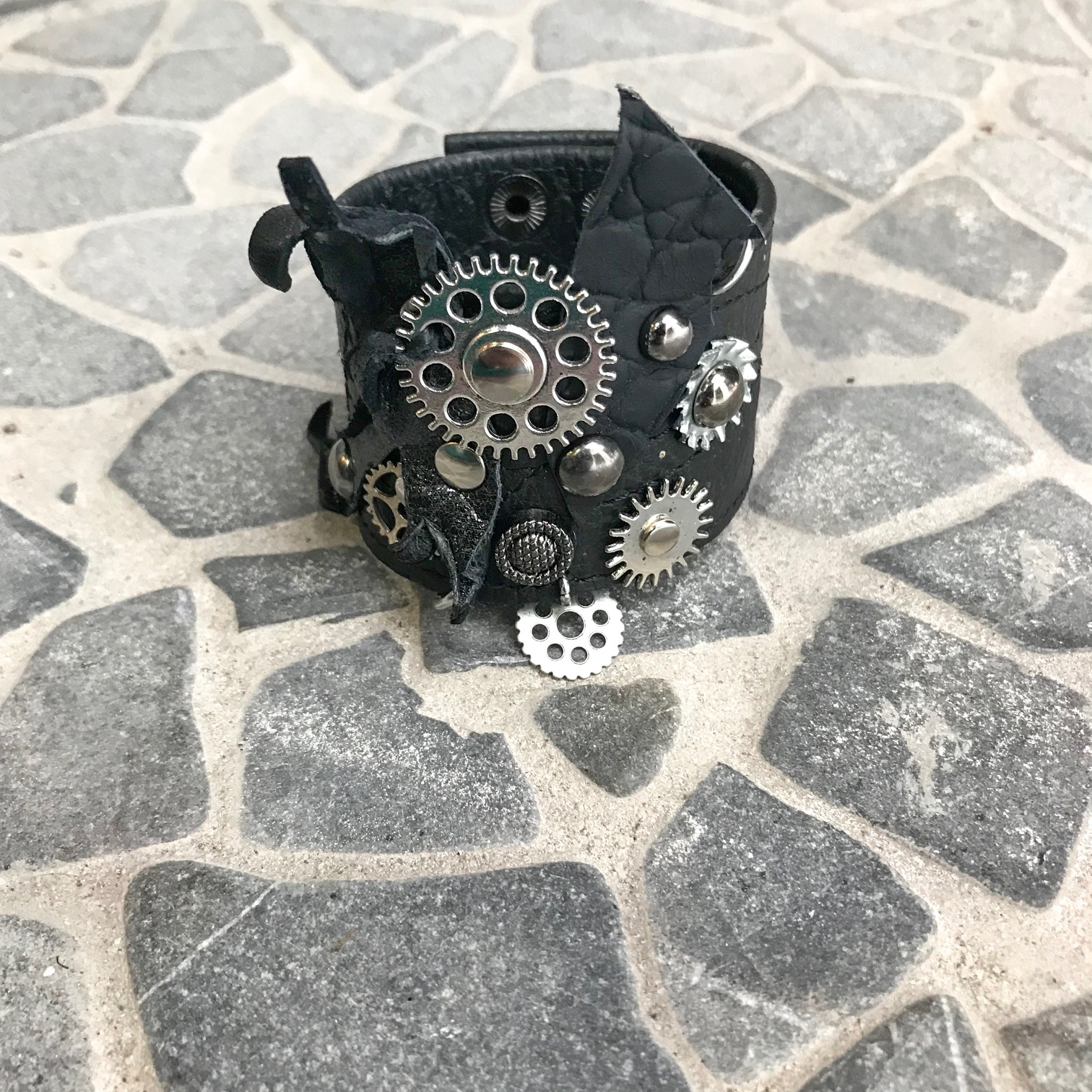 steampunk passion leather unisex bracelet evileve