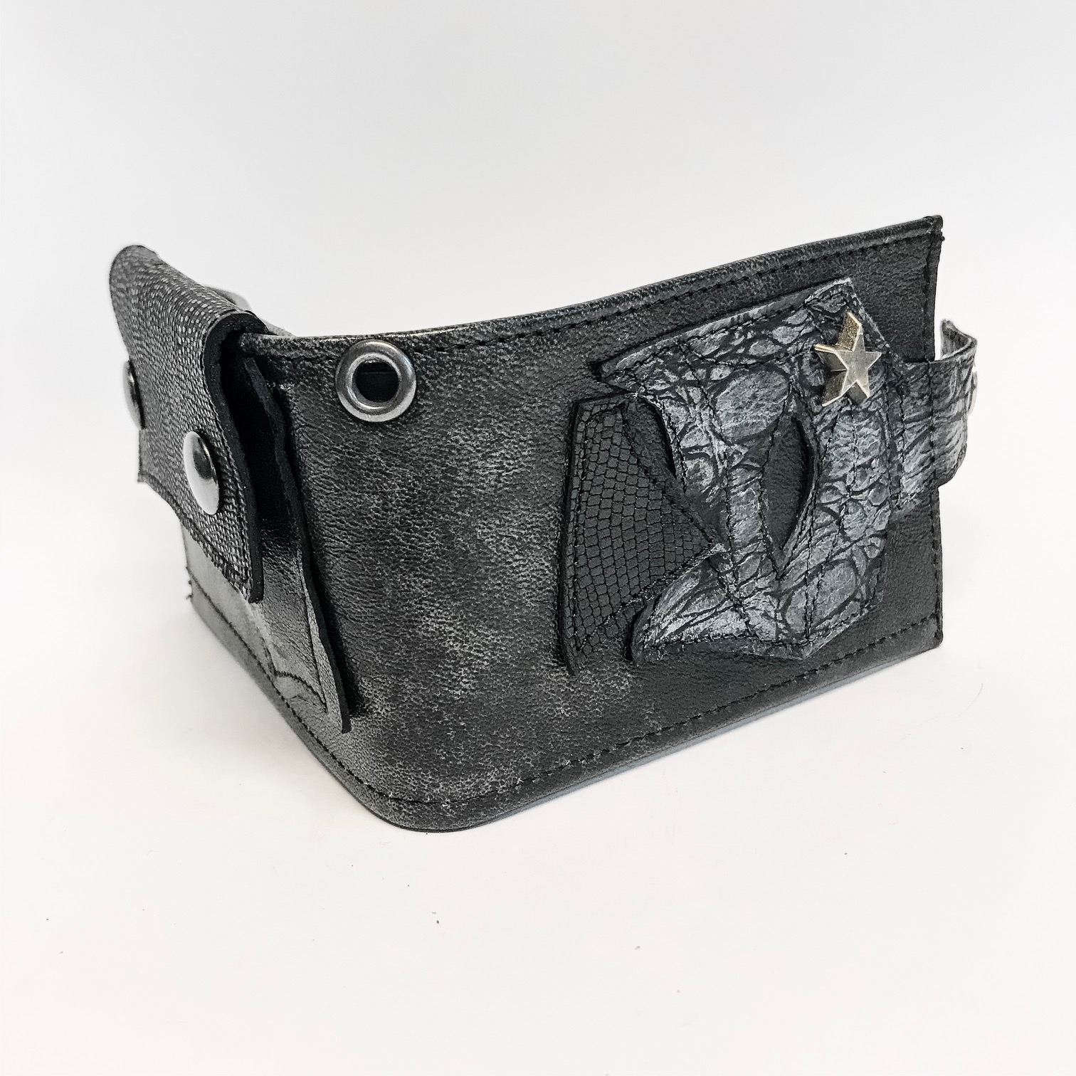 blackstar dare men leather wallet evileve