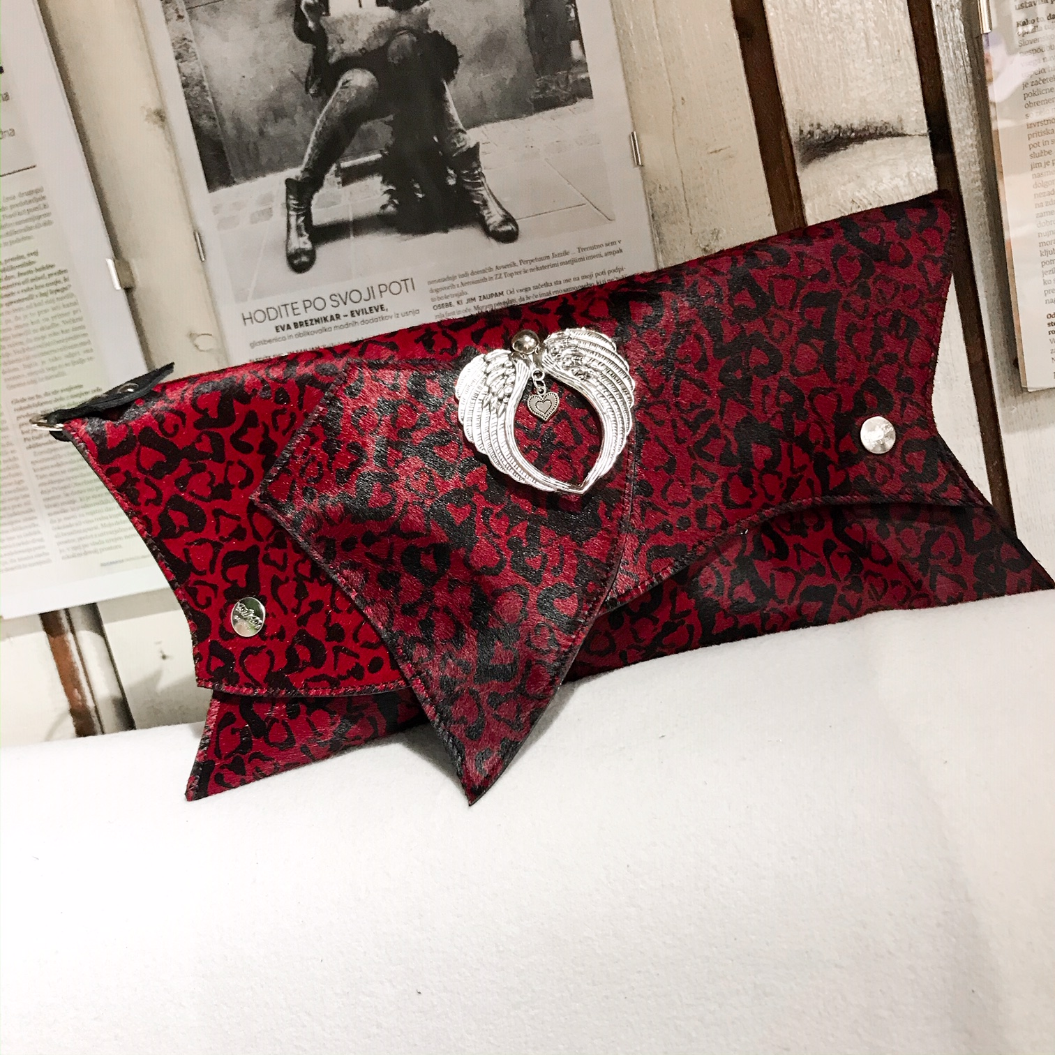 leather clutch red kiss cavalino evileve
