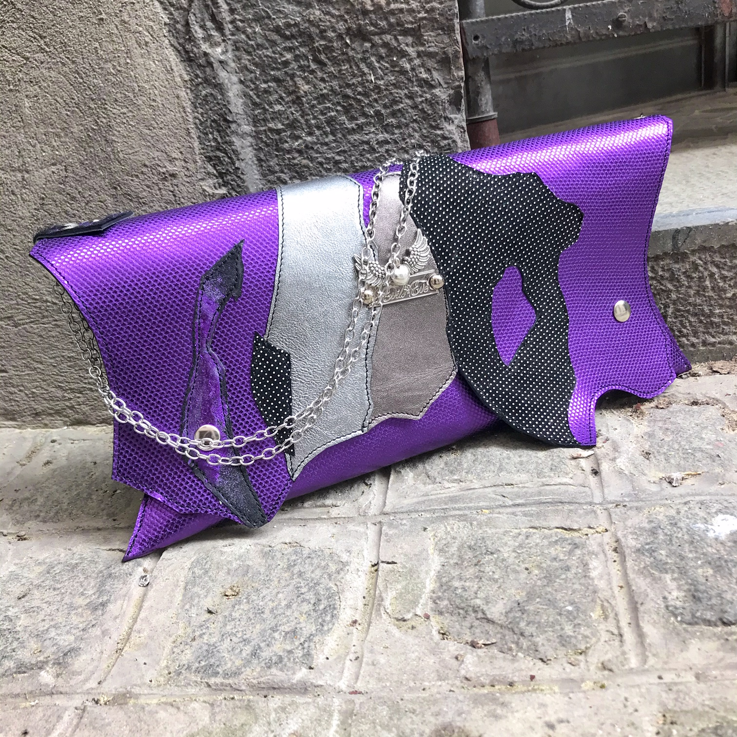 unique handmade lila chic leather clutch evileve