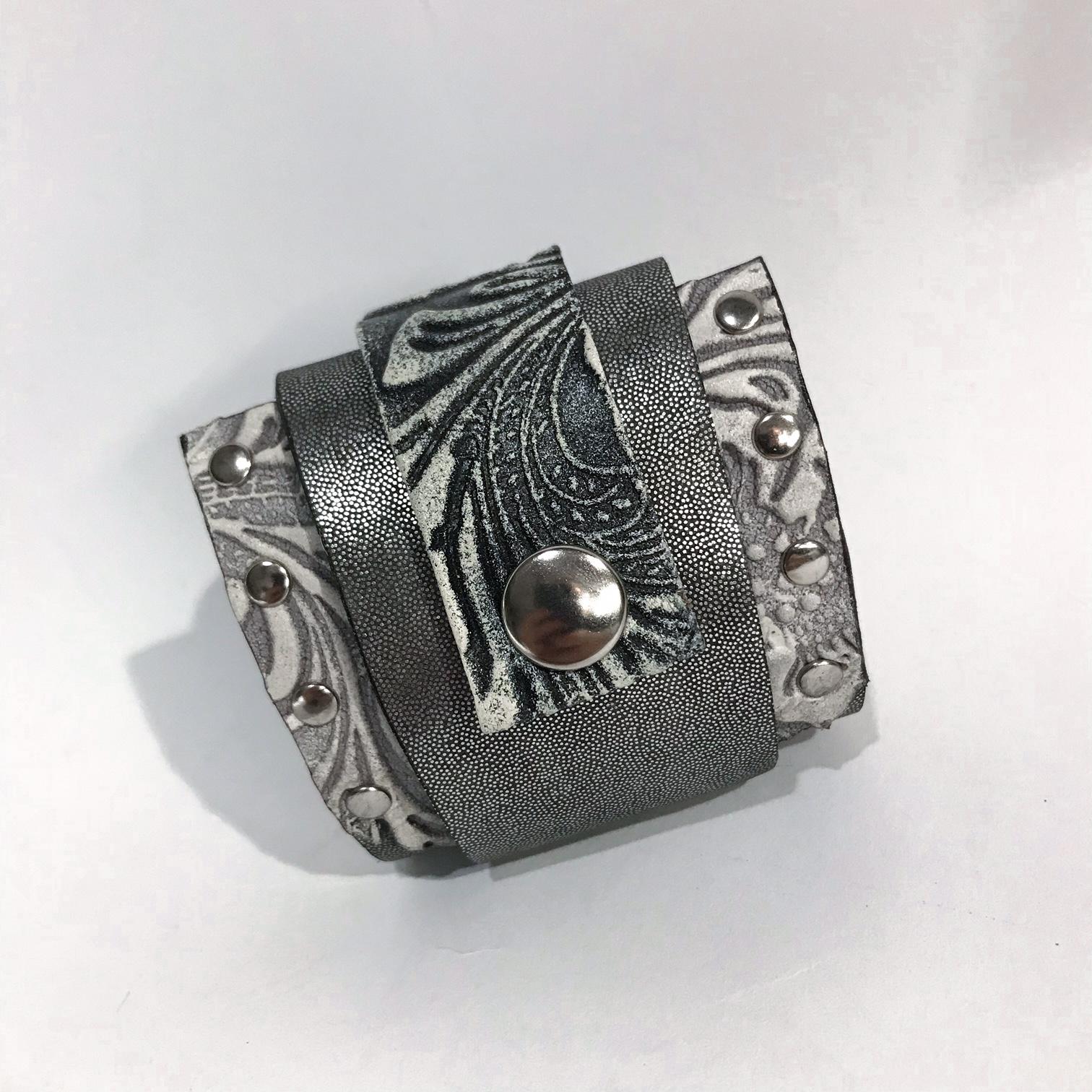 Daydream wrap around bracelet EvilEve