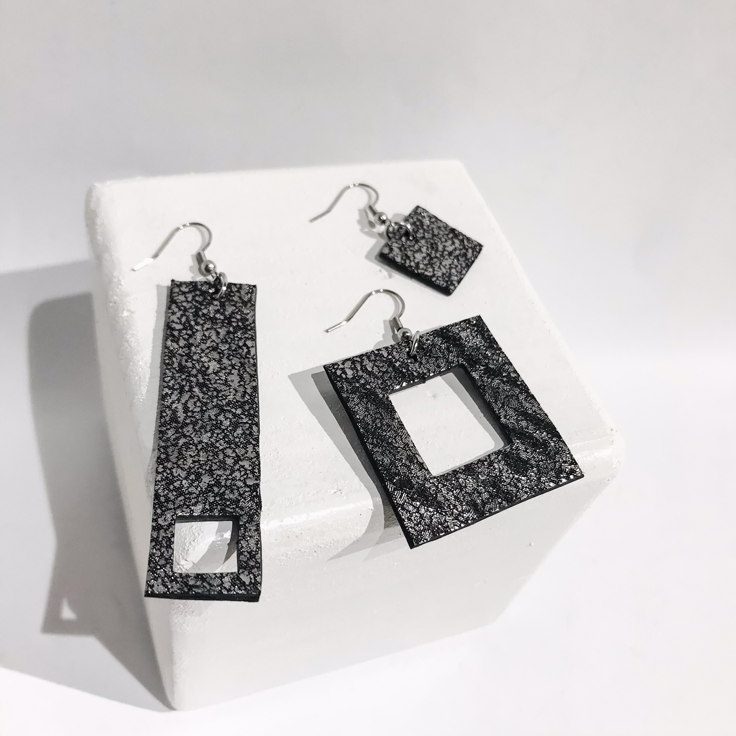 Threesome Antracit drop earrings set EvilEve
