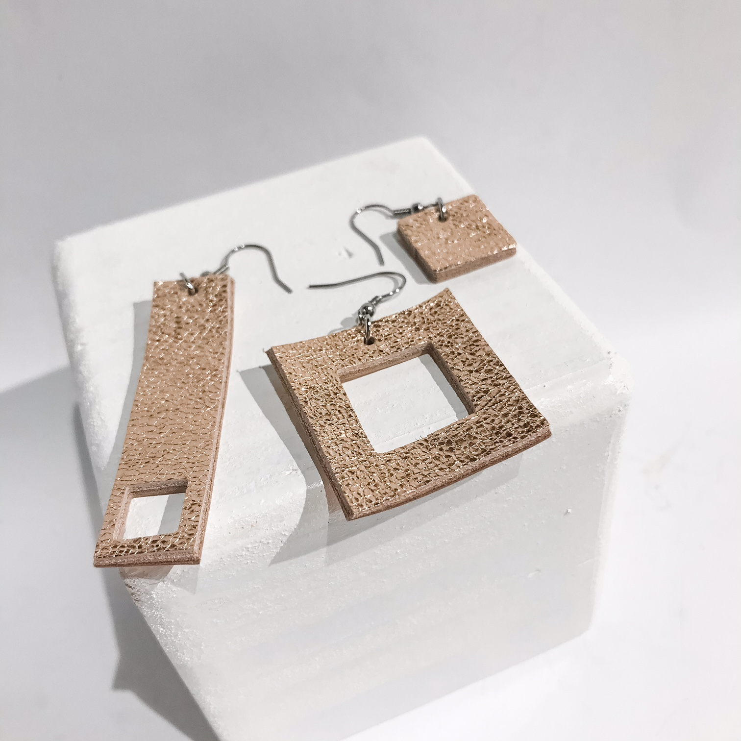 Threesome Rosegold drop earrings set EvilEve