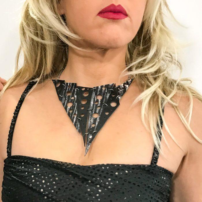 Hotpink & Black Spike double face necklace EvilEve